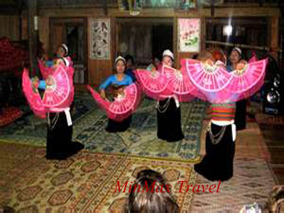 Traditional Dancing in Mai Chau