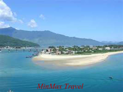 My Khe beach in Danang