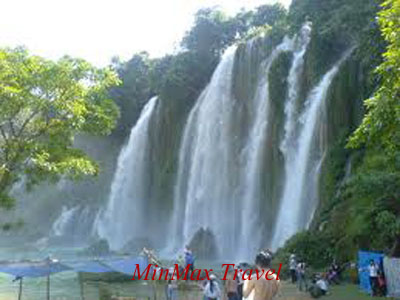 Ban Gioc Water Fall in Cao Bang