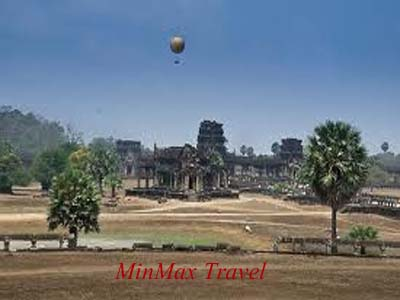 Balloon over Angkor